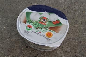 Mozzarella di Bufala – Caseificio Tre Stelle (SA)